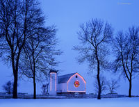 christmas,barn,wisconsin,winter