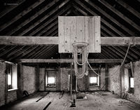 backetball,hayloft,wisconsin,barn,interior