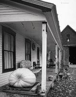 farmhouse,porch,vermont