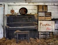 piano,barn,interior,new,hampshire,new,england