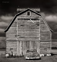 cadillac,barn,illinois,corn,crib