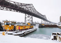 chicago,skyway,bridge,tug,boat,winter