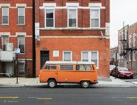 old,orange,vw,volswagon,van,chicago,street