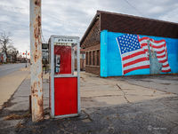 phone,booth,rust,belt,middle,america