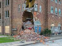 decomposing,crumbling,church,rust,belt