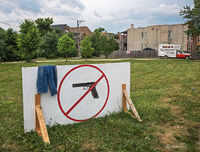 no,hand,gun,sign,chicago,west,side