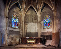 the,forgotten,altar,abandoned,church,abandoned,faith,rust,belt