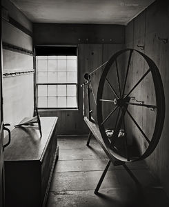 Old Shaker Spinning Wheel