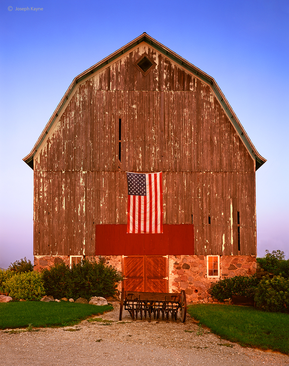 patriot,barn,wisconsin,flag, photo