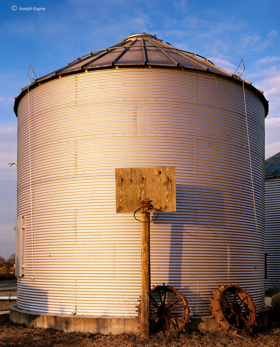 hoop,dreams,wisconsin,barn,silo, photo