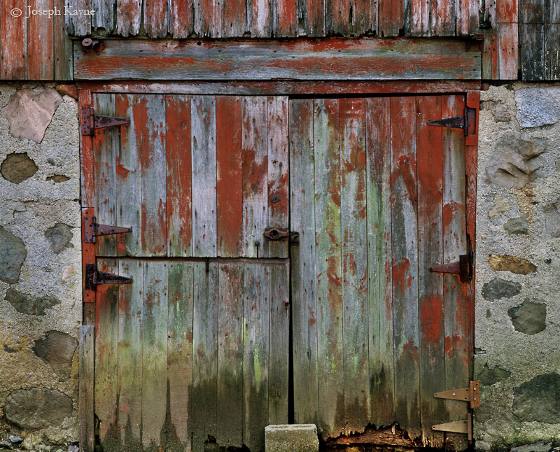 old,barn,doors,wisconsin, photo