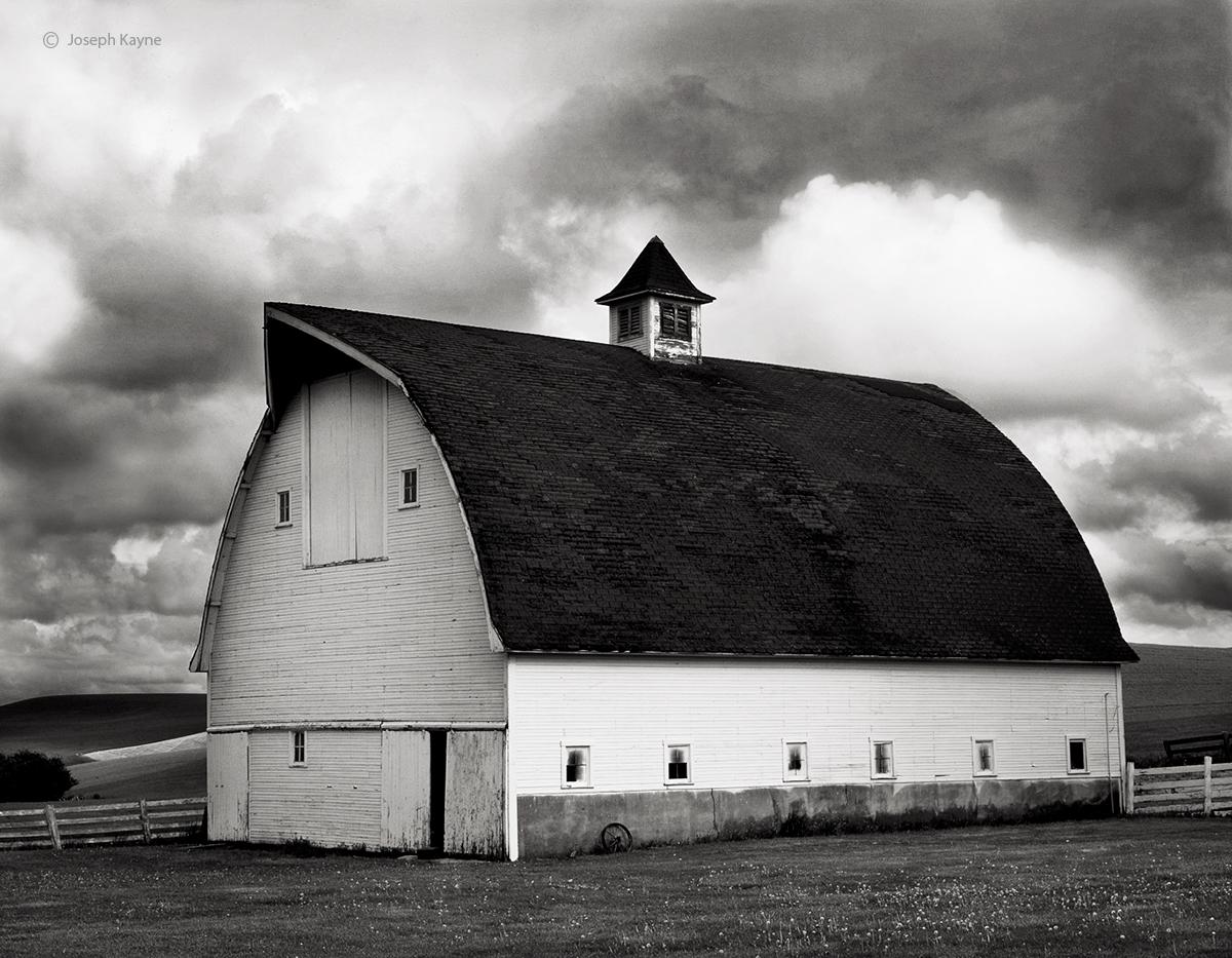 weathered,roof,barn,washington, photo