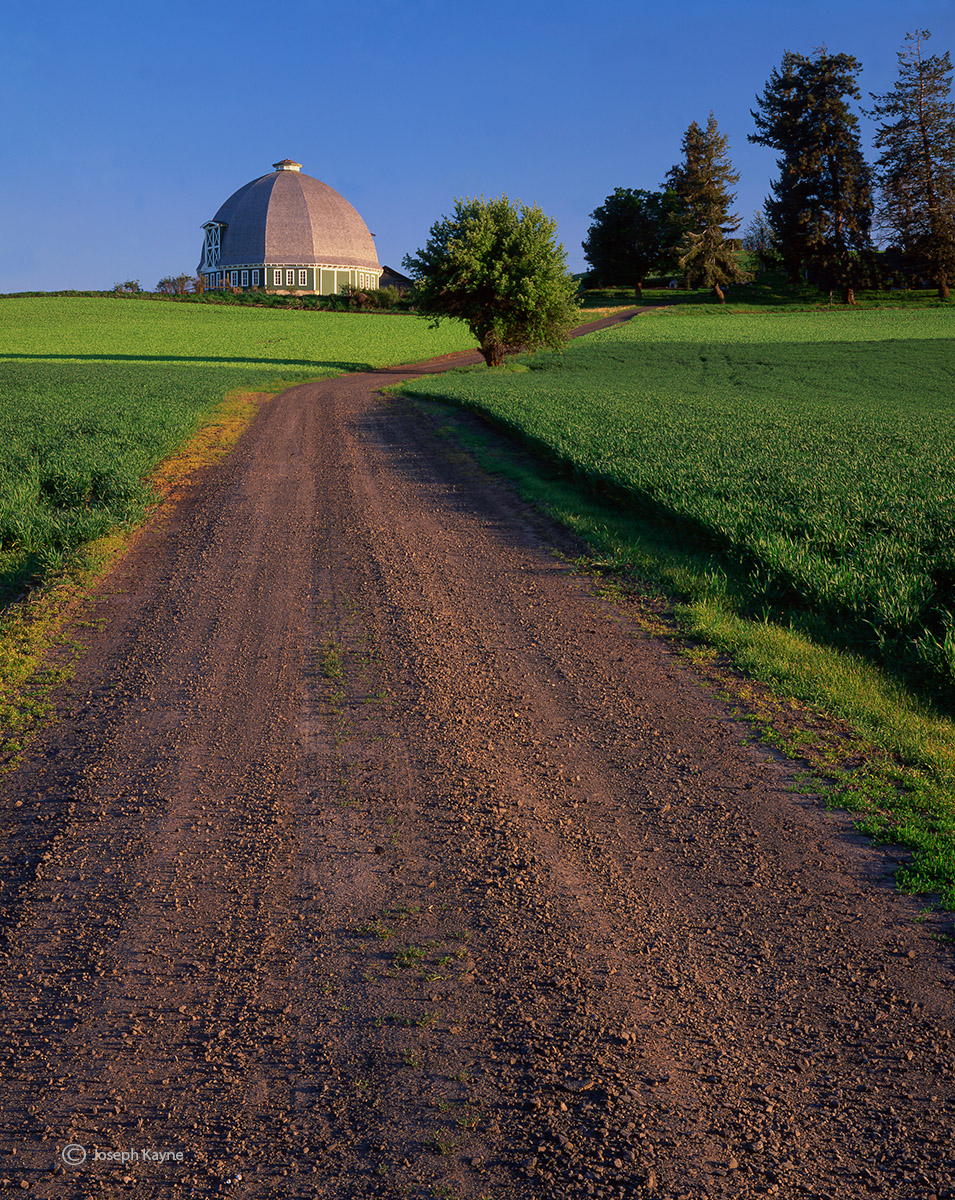 country,road,washington,round,barn, photo