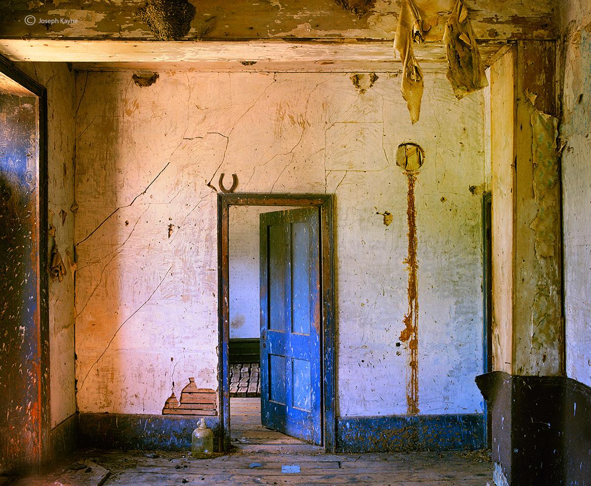 distant,memories,wisconsin,barn,interior, photo
