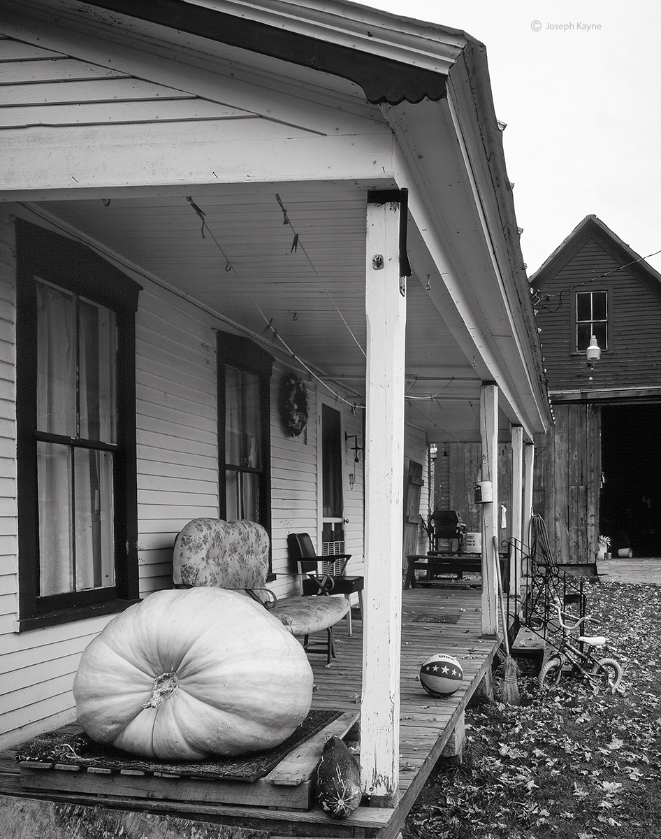farmhouse,porch,vermont, photo