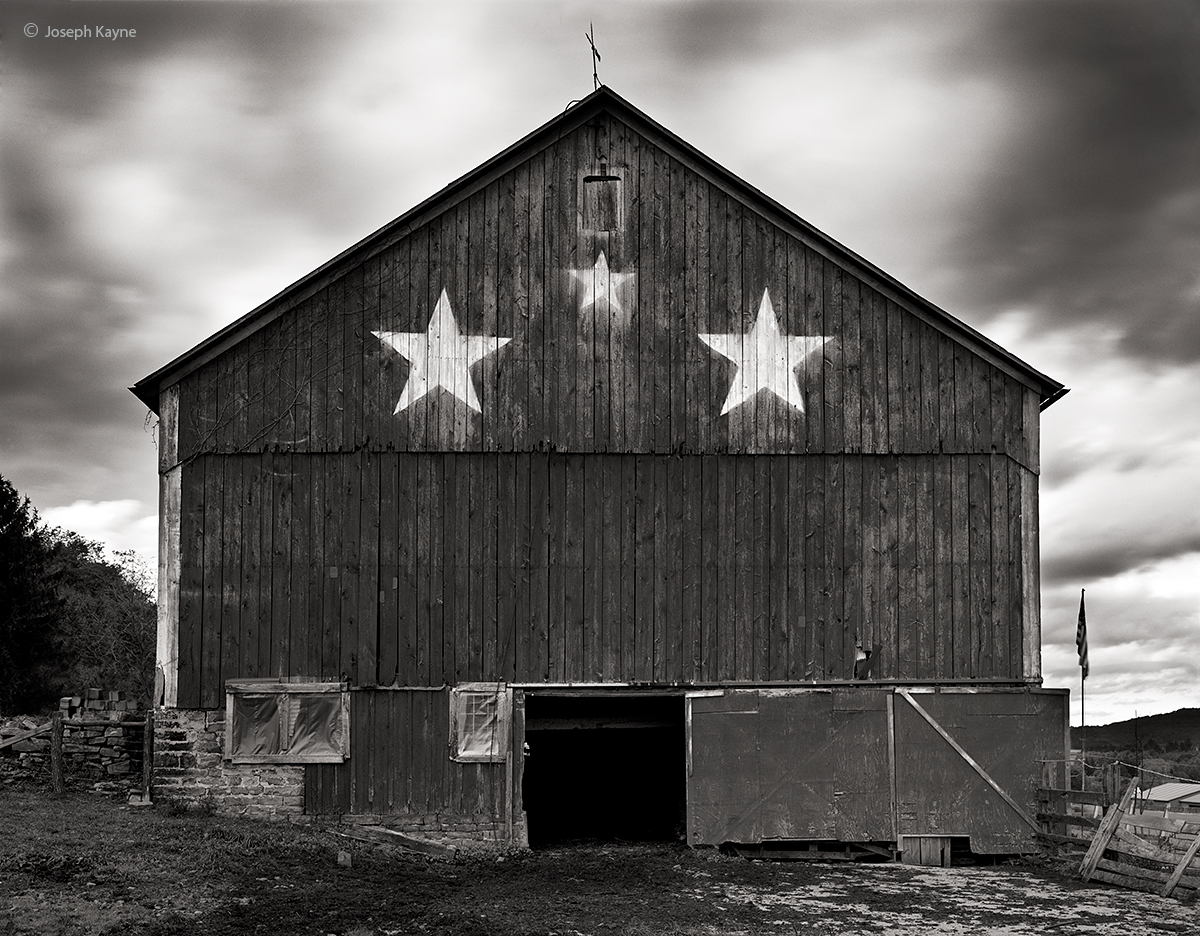three,star,barn,new,york, photo