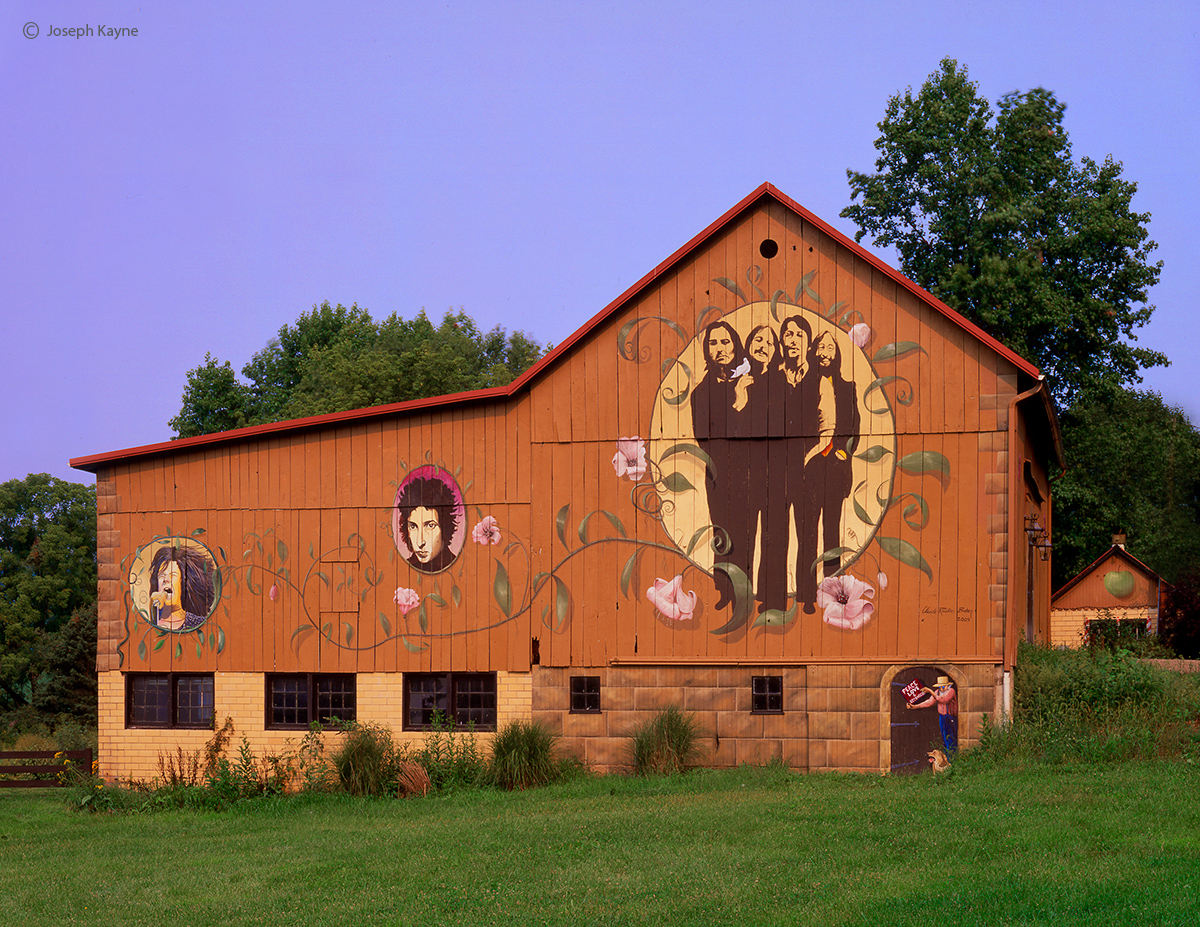 beatles,barn,ohio, photo