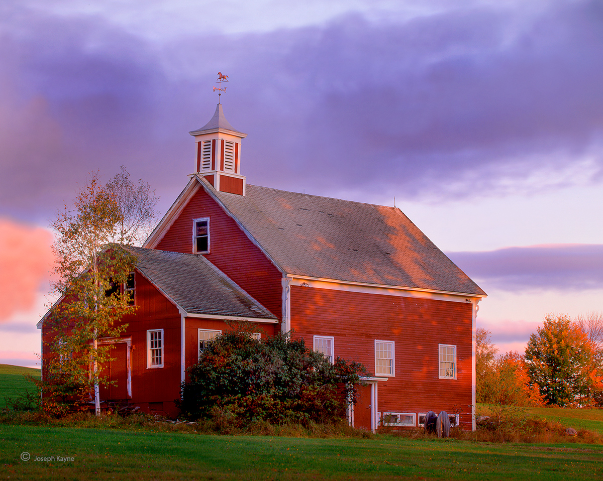 colonial,barn,new,hampshire,new,england, photo