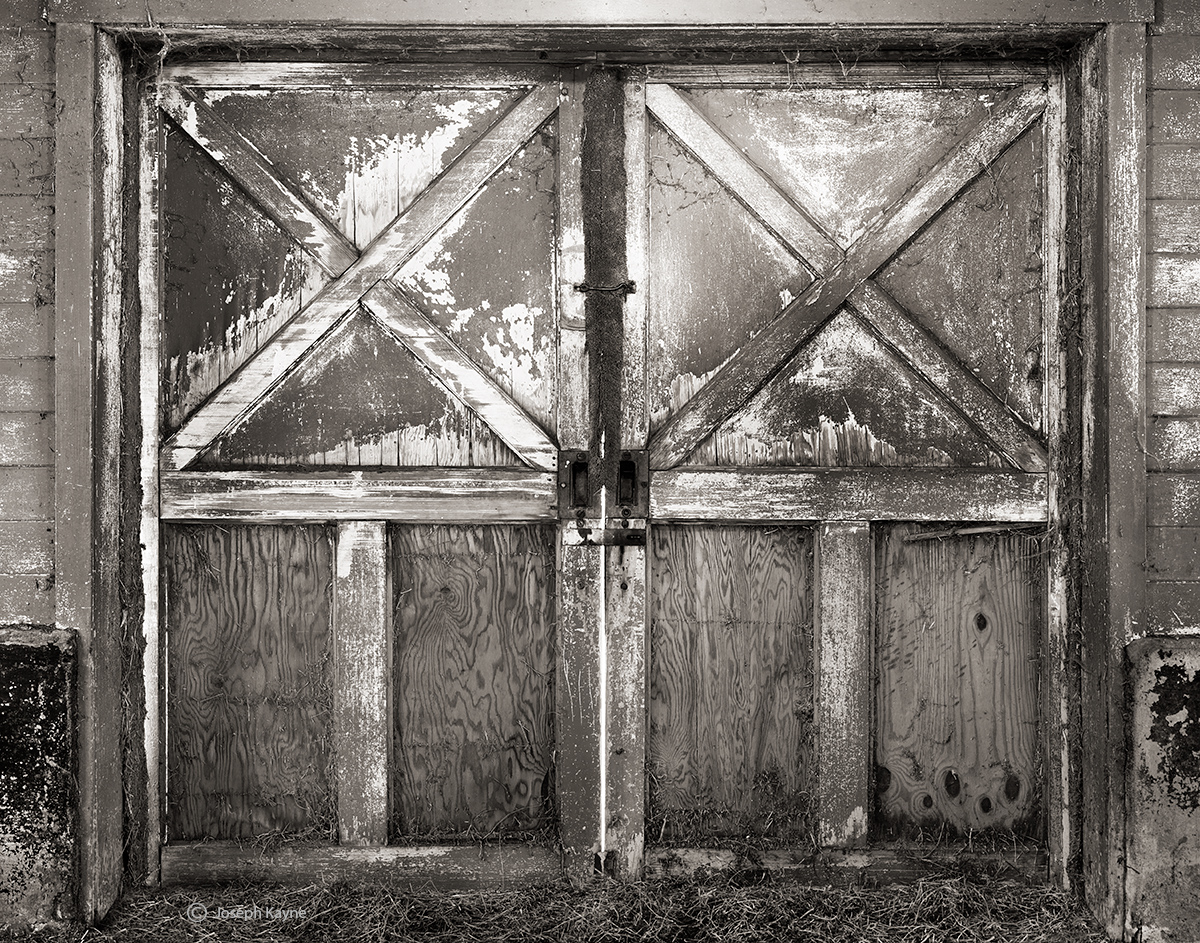 barn,door,illinois, photo