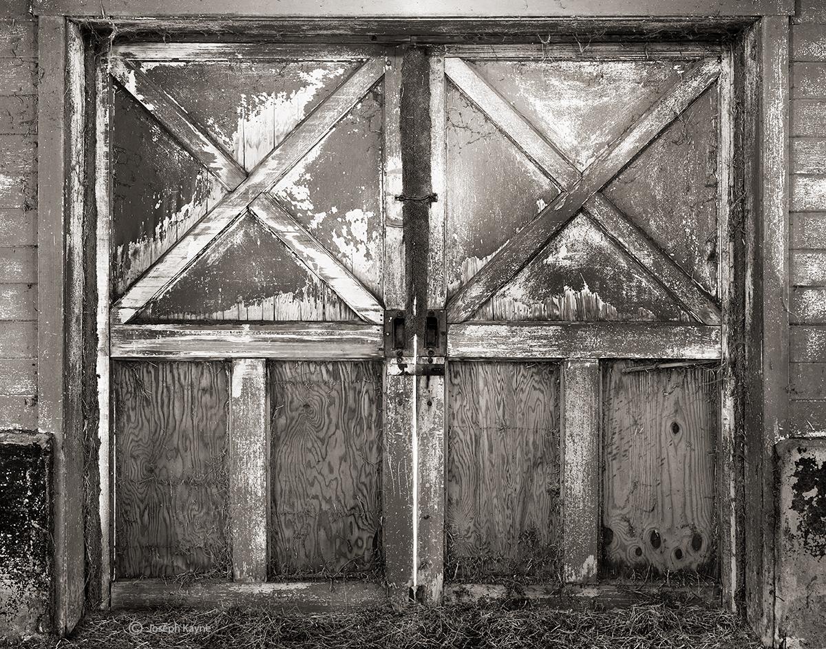 barn,door,illinois, photo