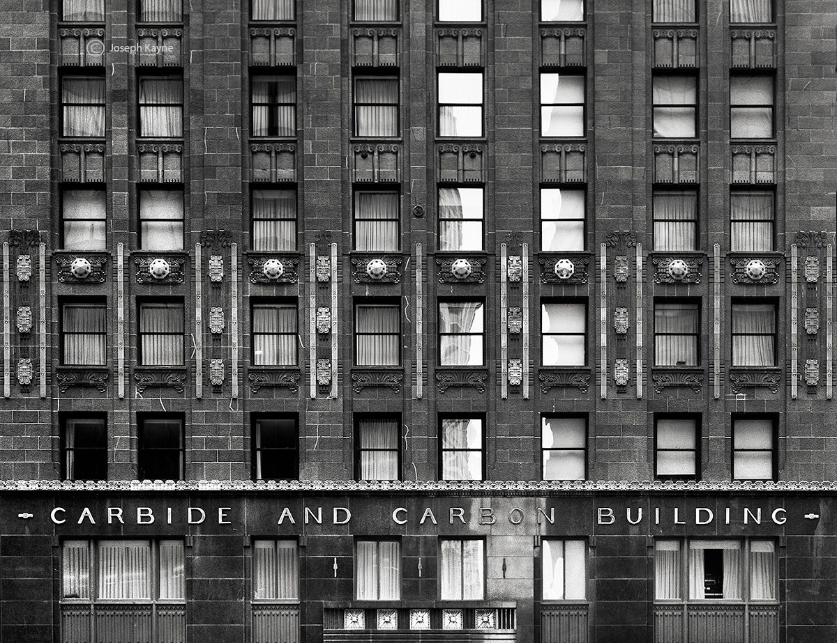 old,carbide,and,carbon,building,chicago, photo