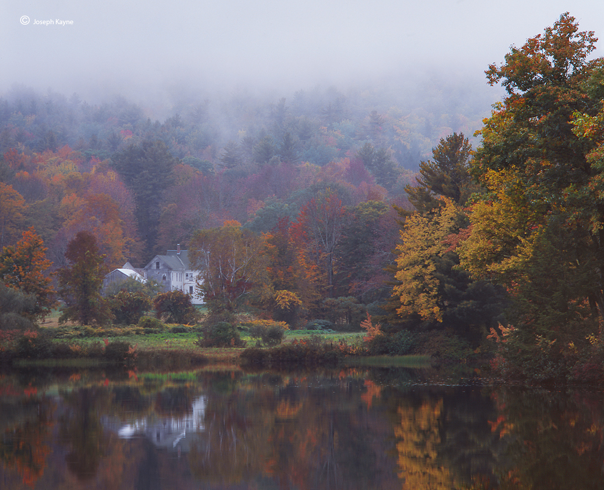 A New Hampshire Home,Autumn
