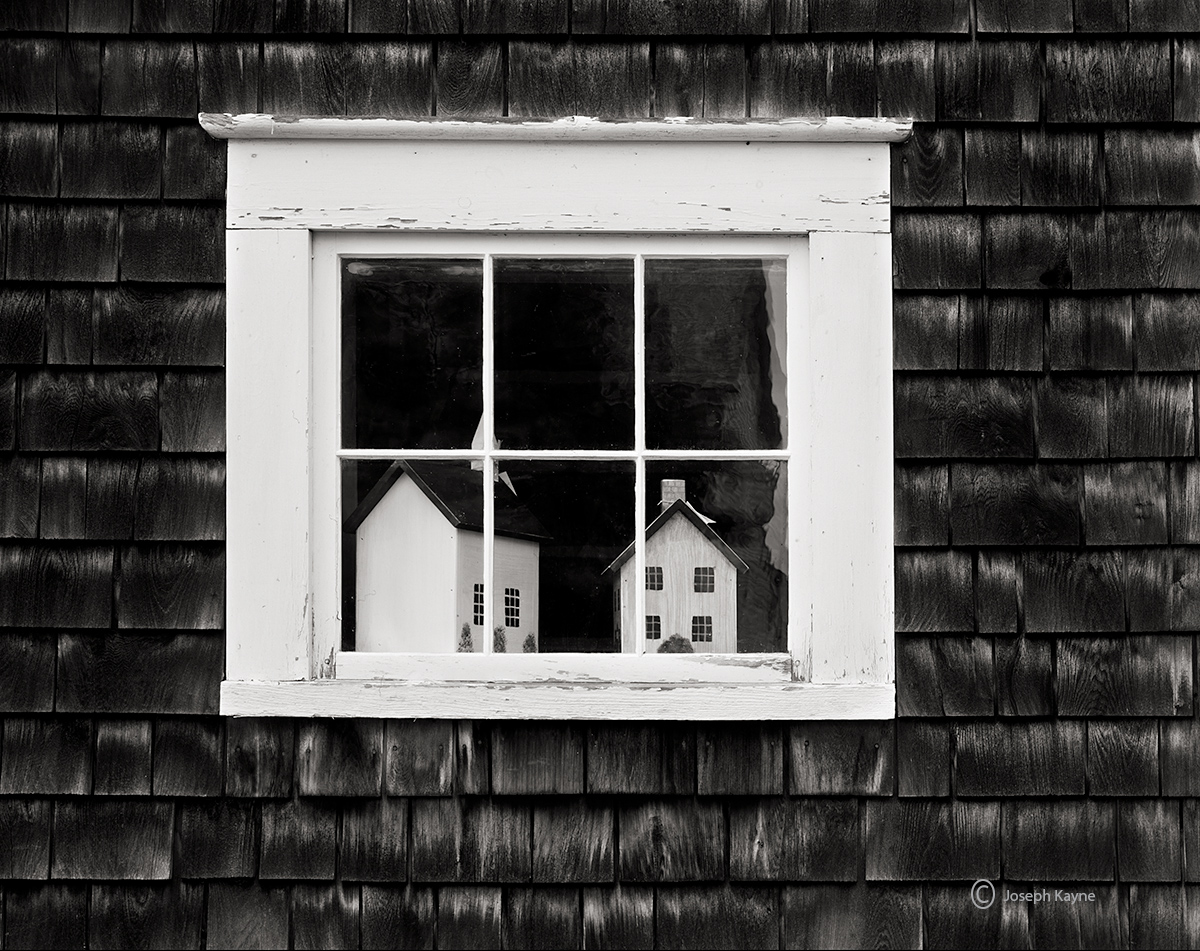 shaker,barn,new,england,old,window, photo