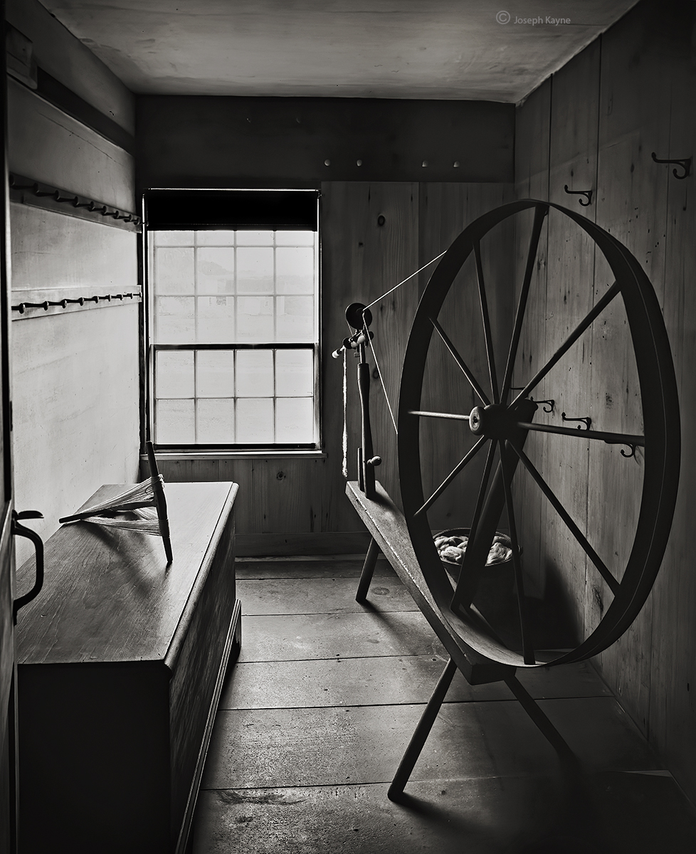 old,shaker,spinning,wheel,new,england,house, photo