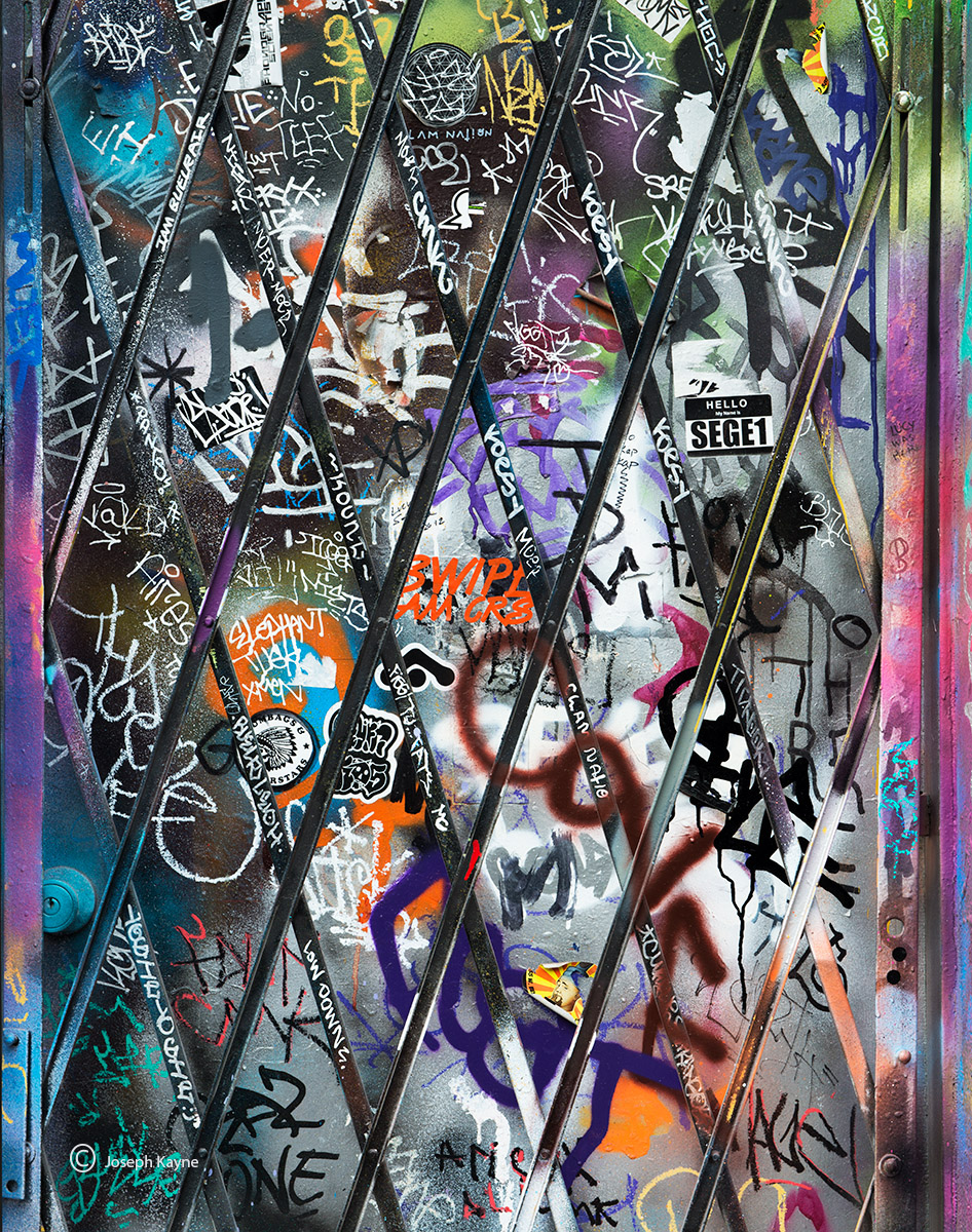 graffiti,covered,door,chicago, photo