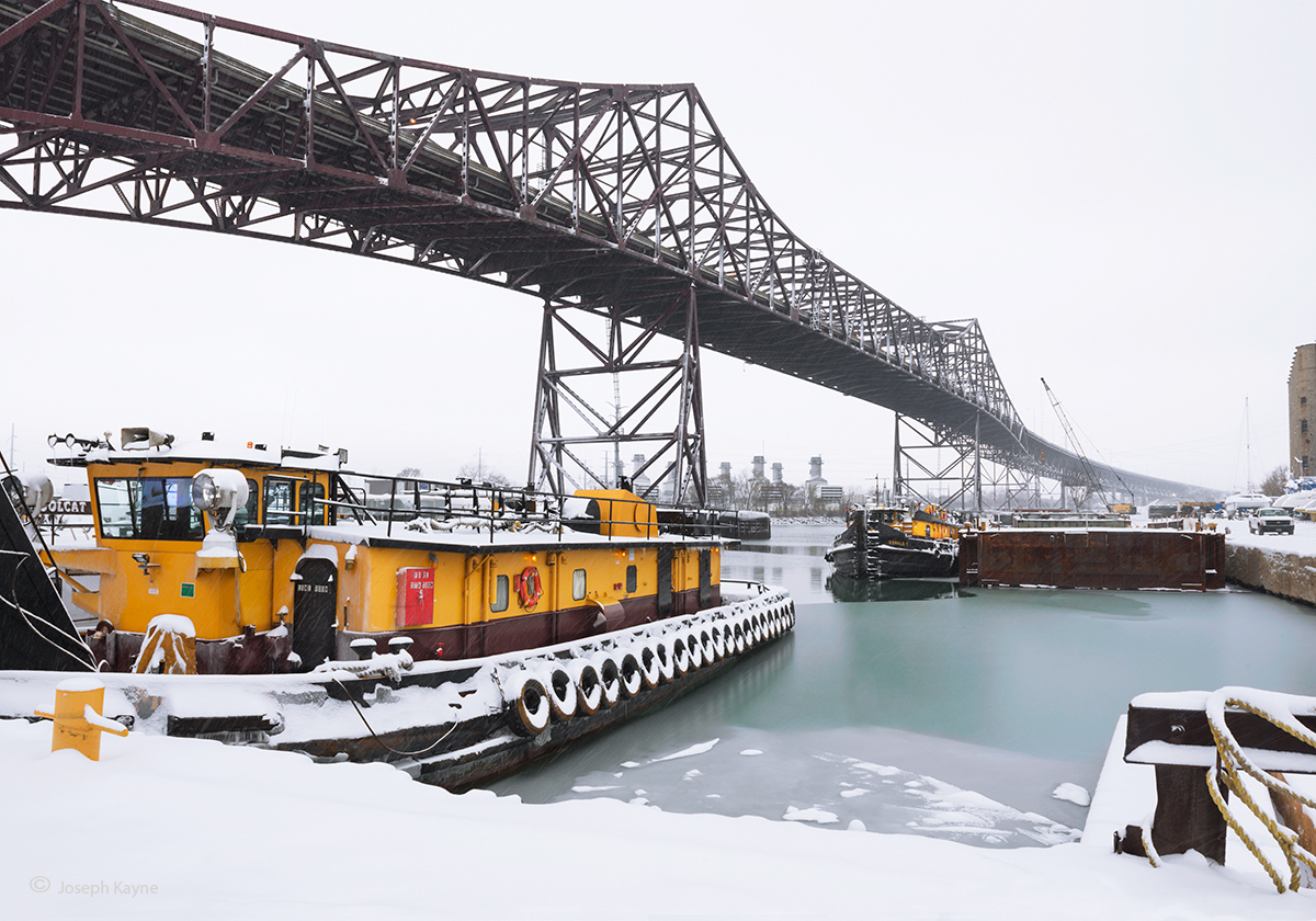 chicago,skyway,bridge,tug,boat,winter, photo