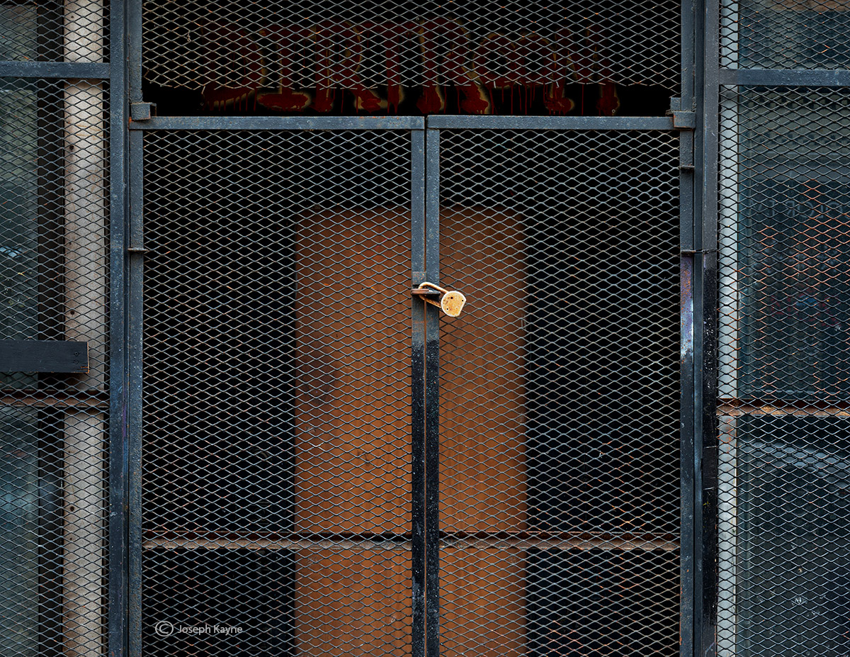 Security Gate, Chicago