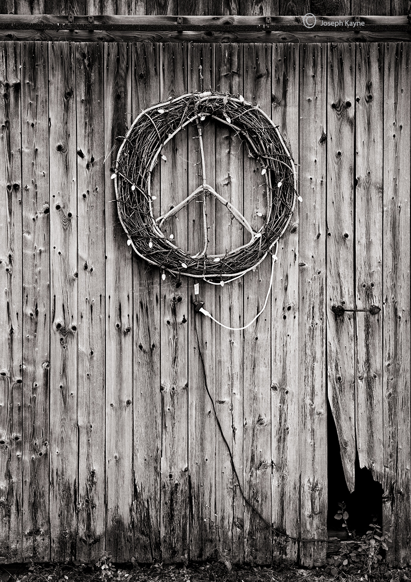 peace,sign,vermont,barn, photo