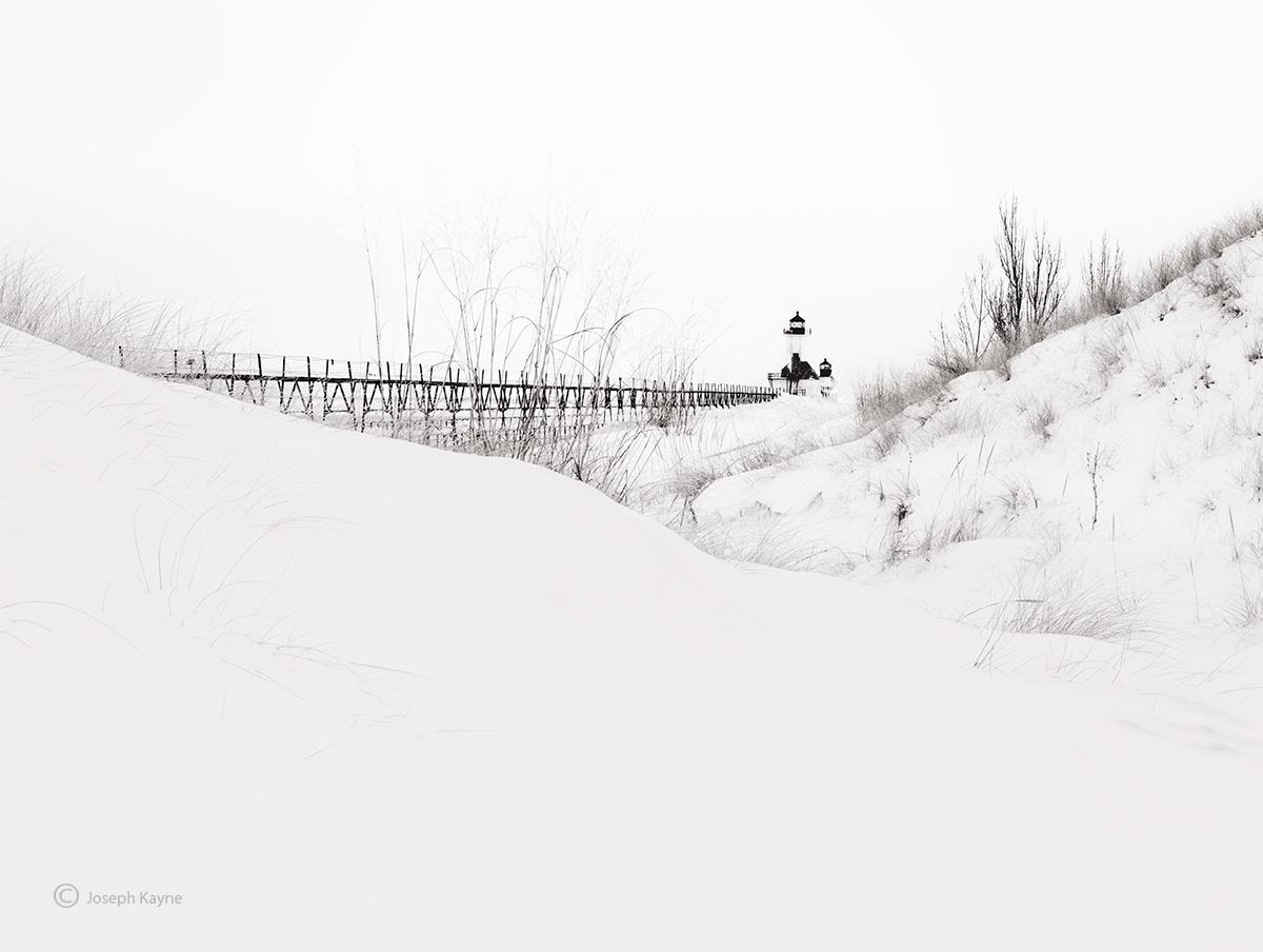 snow,drifts,winter,lake,michigan,lighthouse, photo