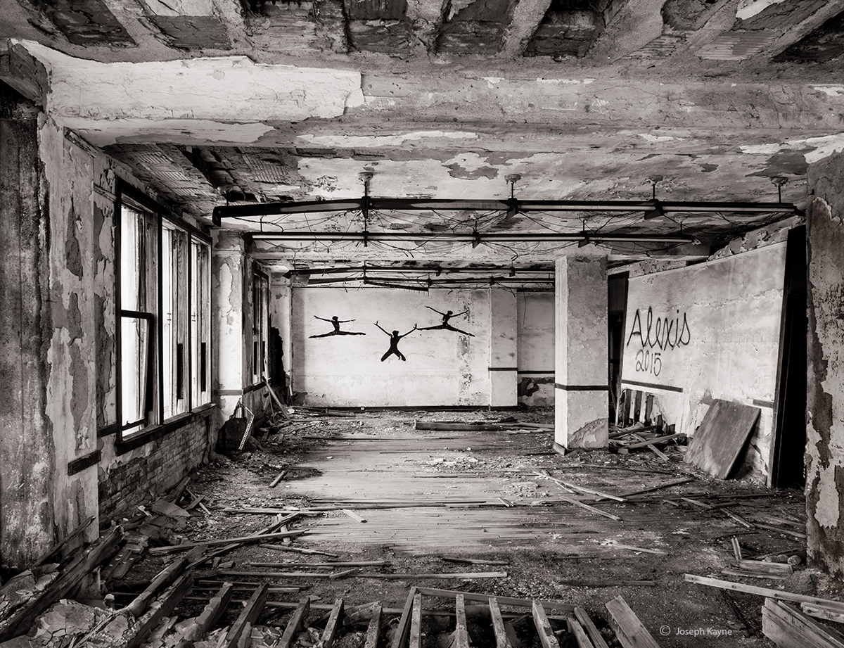 abandoned,classroom,school, photo