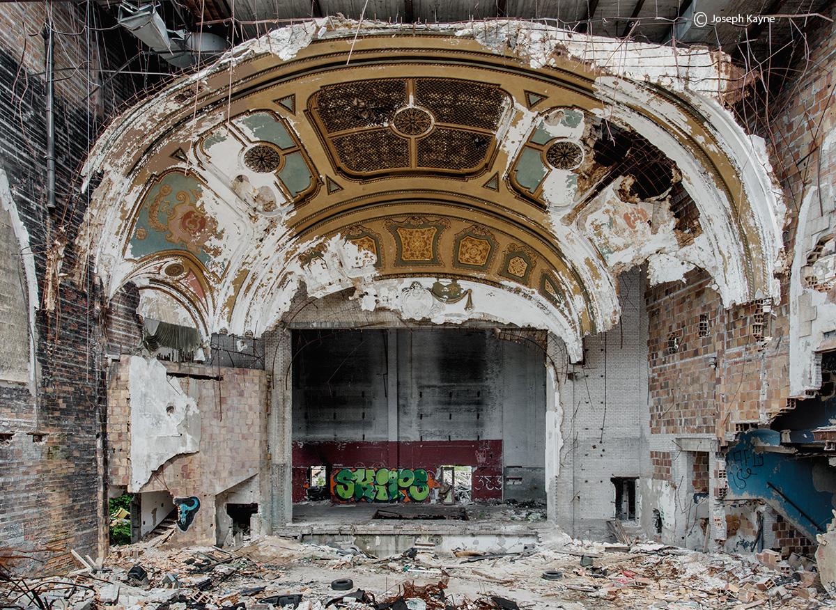 crumbling,abandoned,theatre,rust,belt, photo