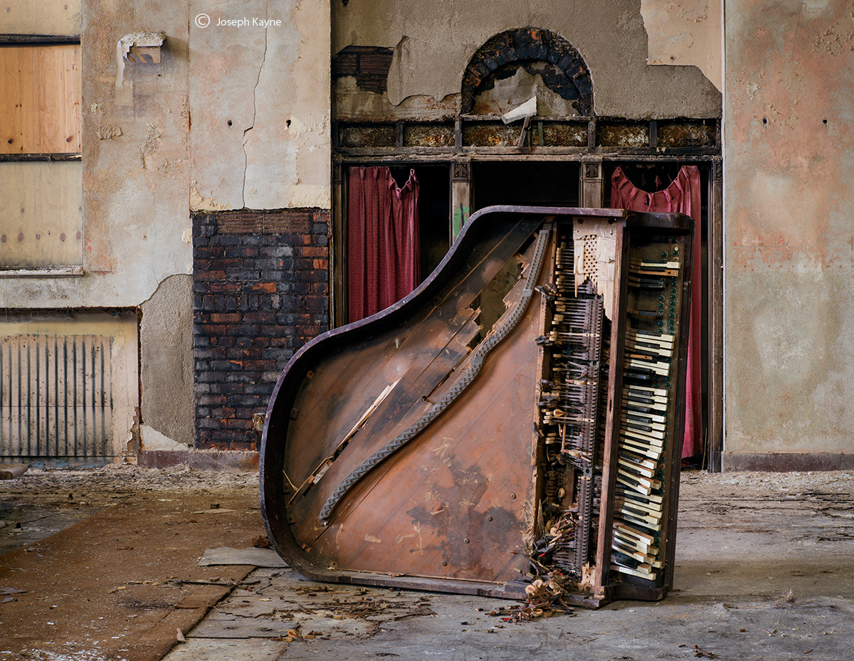 church,piano,abandoned,church,faith,rust,belt, photo