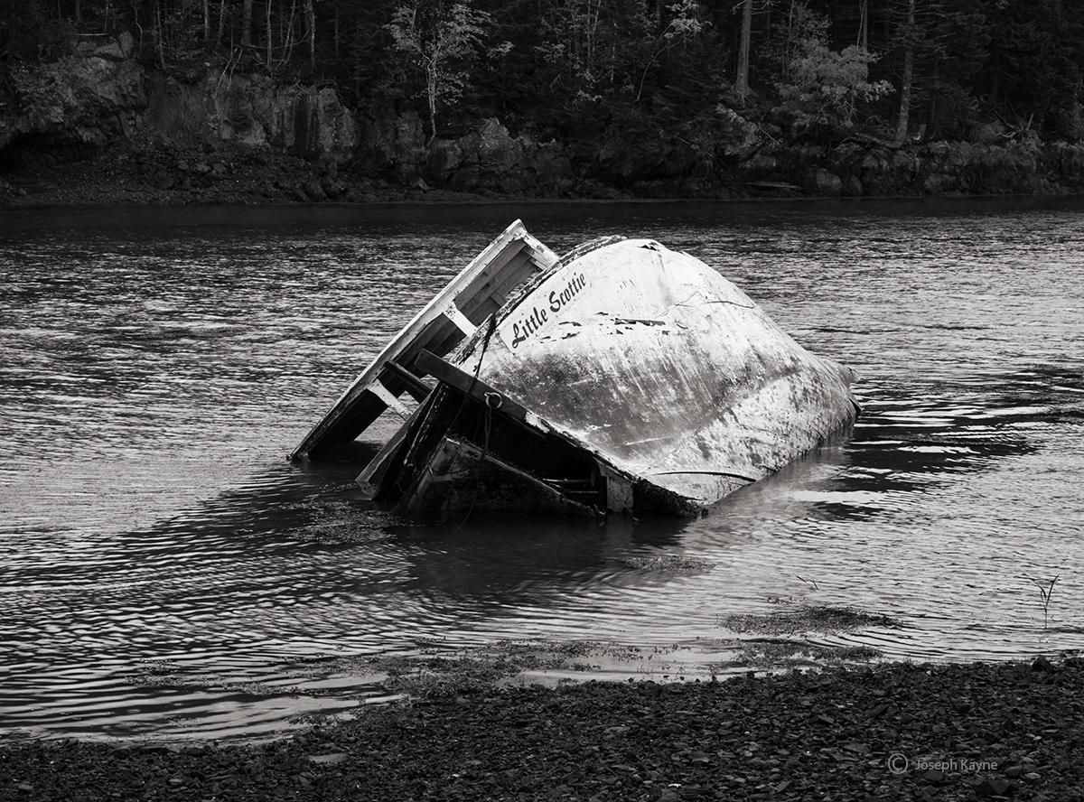 abandoned,boat,new,brunswick,little,scottie, photo
