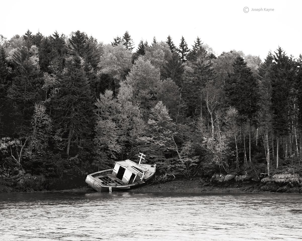 shipwrecked,fishing,boat,new,brunswick, photo