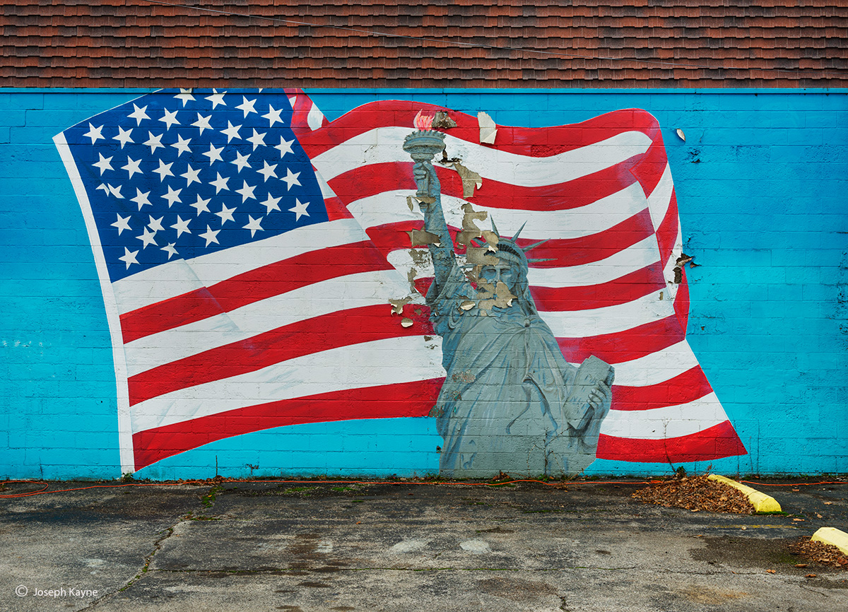 fading,statute,of,liberty,mural,losing,indiana, photo