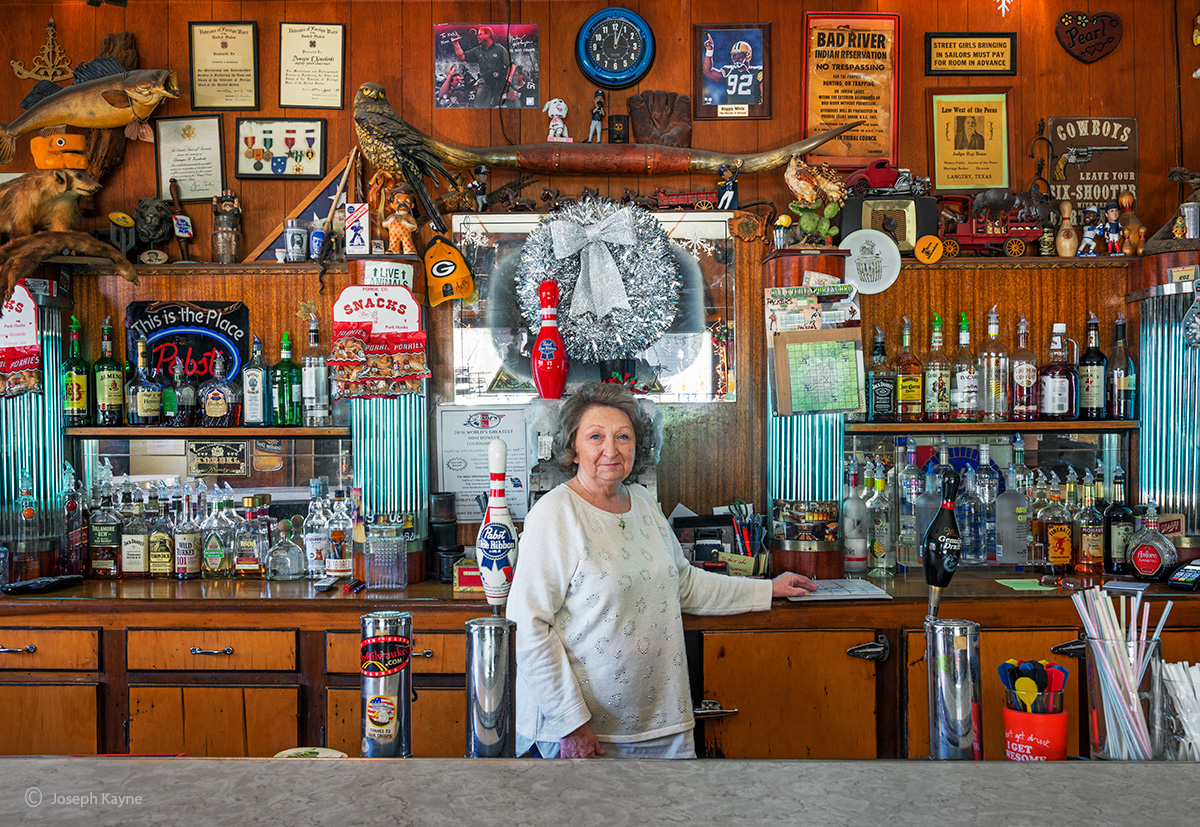 carol,barkeep,koz,milwaukee,wisconsin, photo
