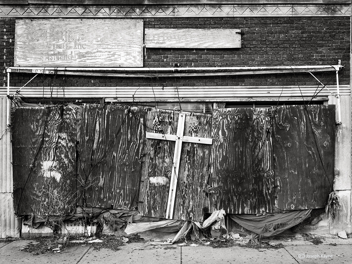 decaying,abandoned,storefront,church,chicago, photo
