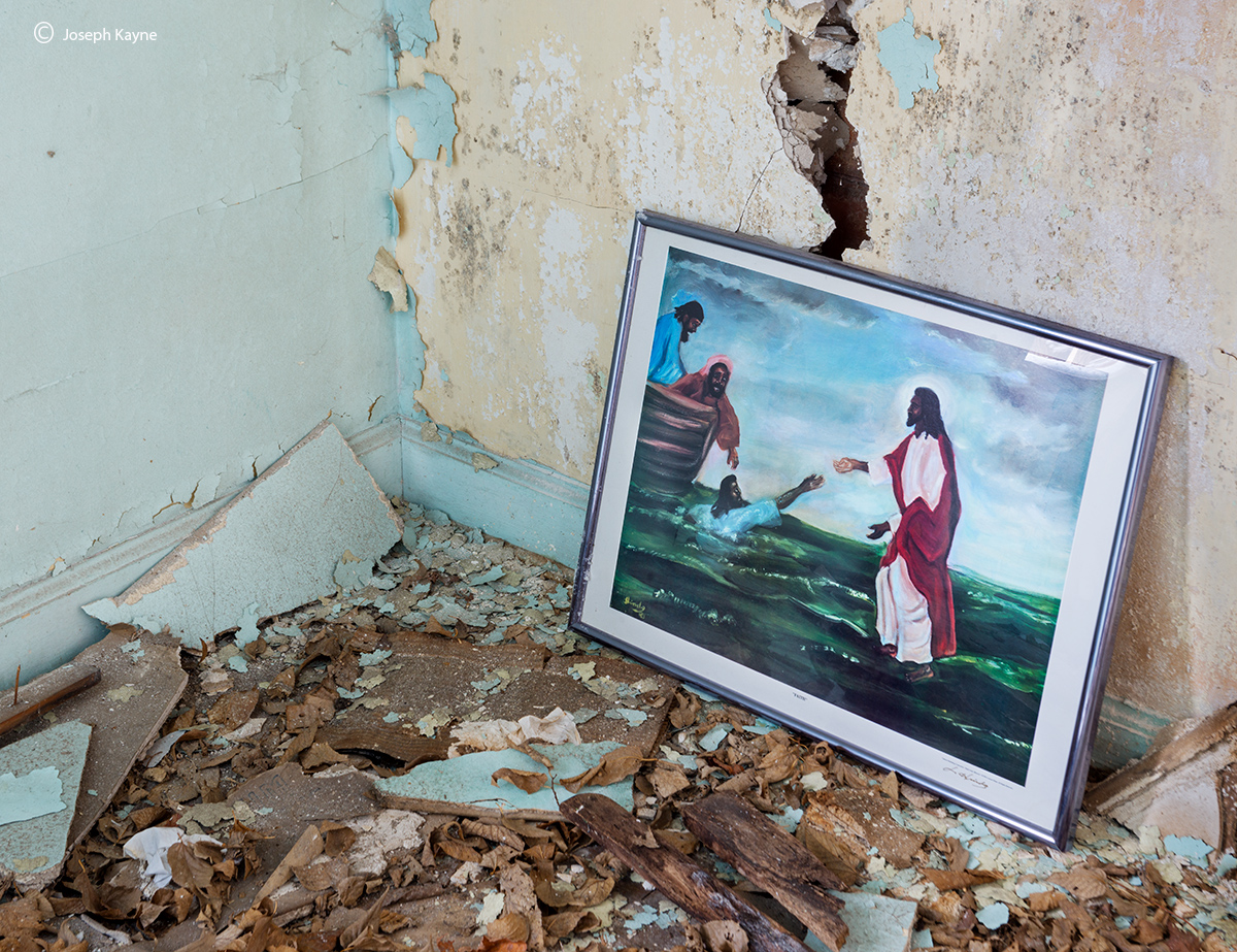 black,jesus,rust,belt,abandoned,church,painting, photo