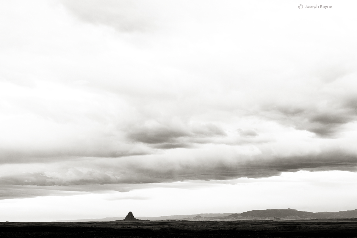 shiprock,rock,with,wings,navajoland,tse,bit,a,i, photo