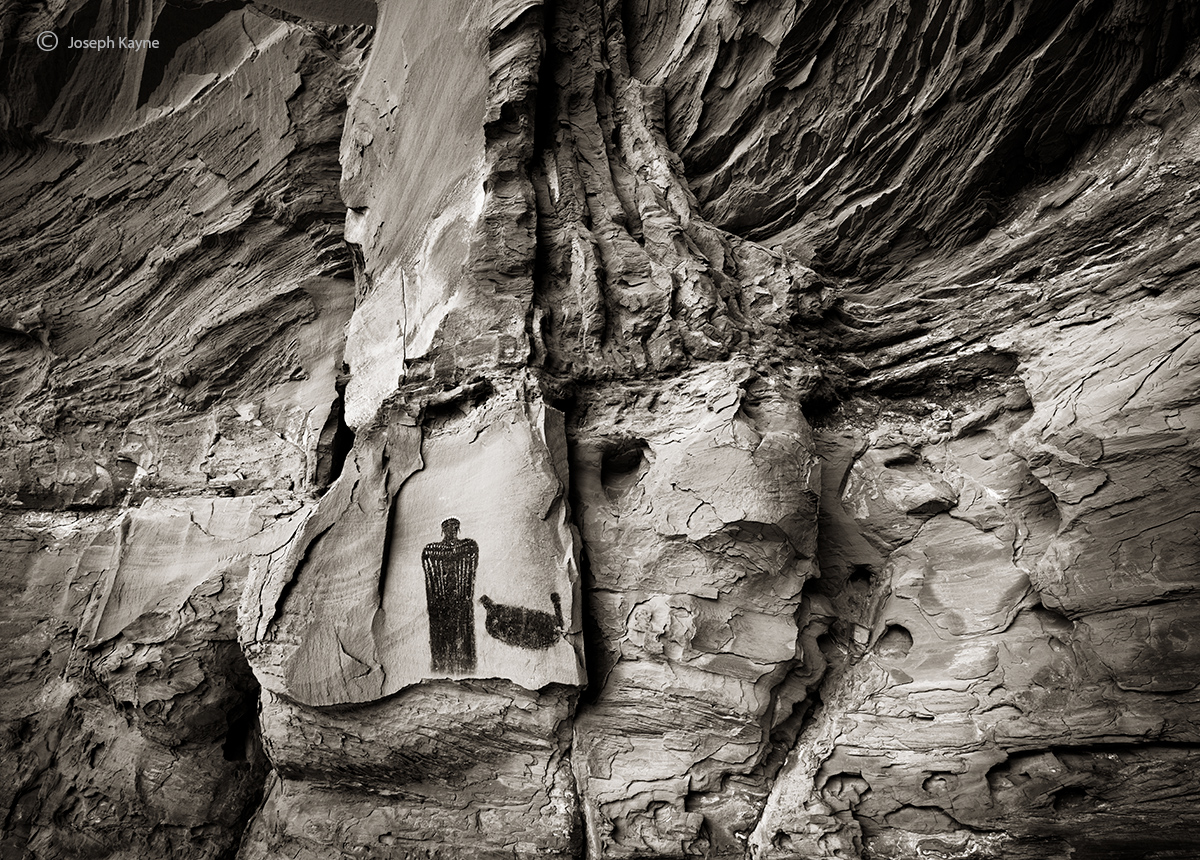 an,old,friend,queen,of,the,canyon,colorado,plateau, photo