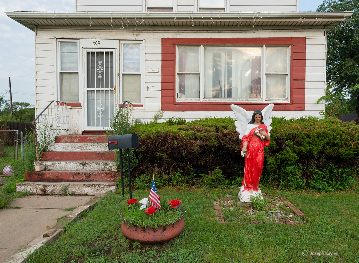front,yard,inner,city,home,gary,indiana, photo