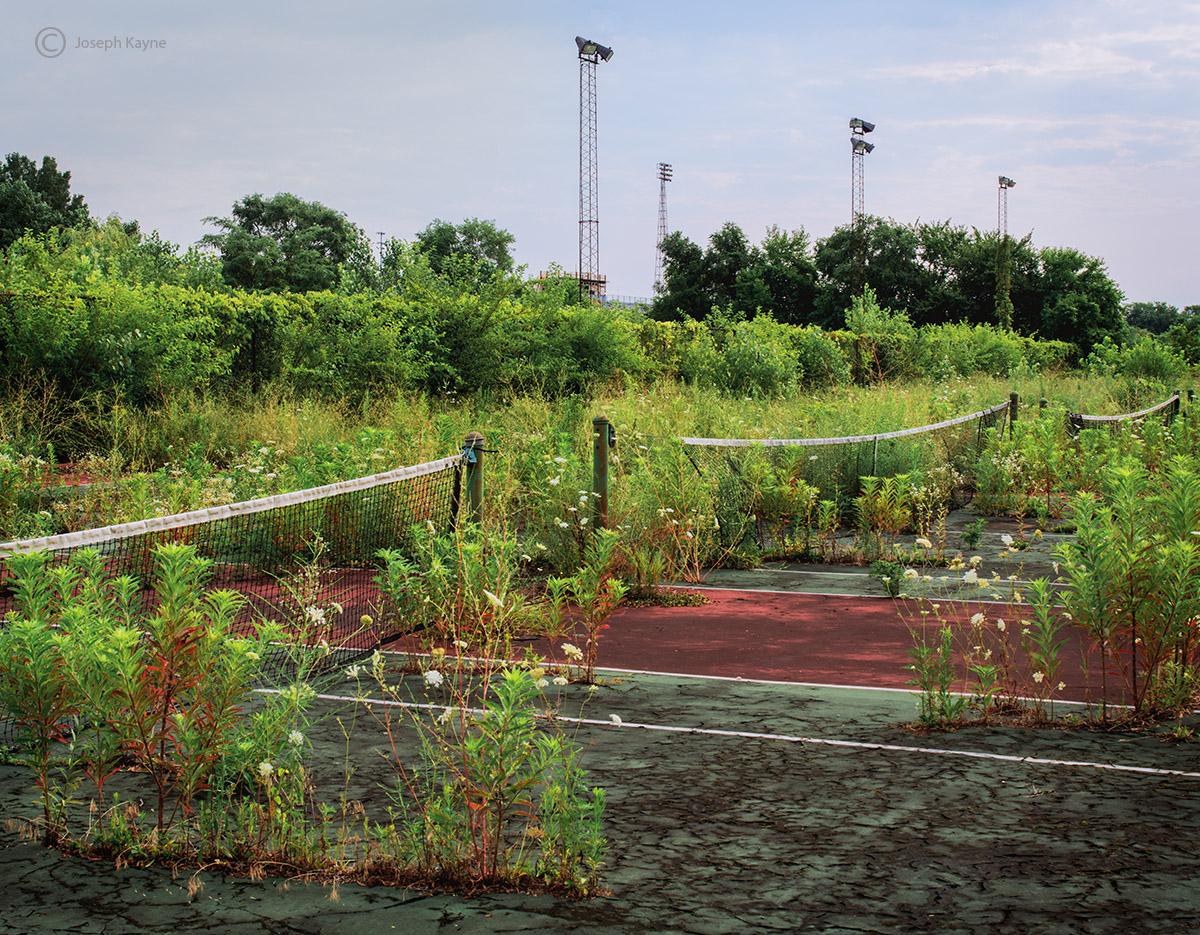 forgoetten,abandoned,school,tennis,courts,rust,belt, photo