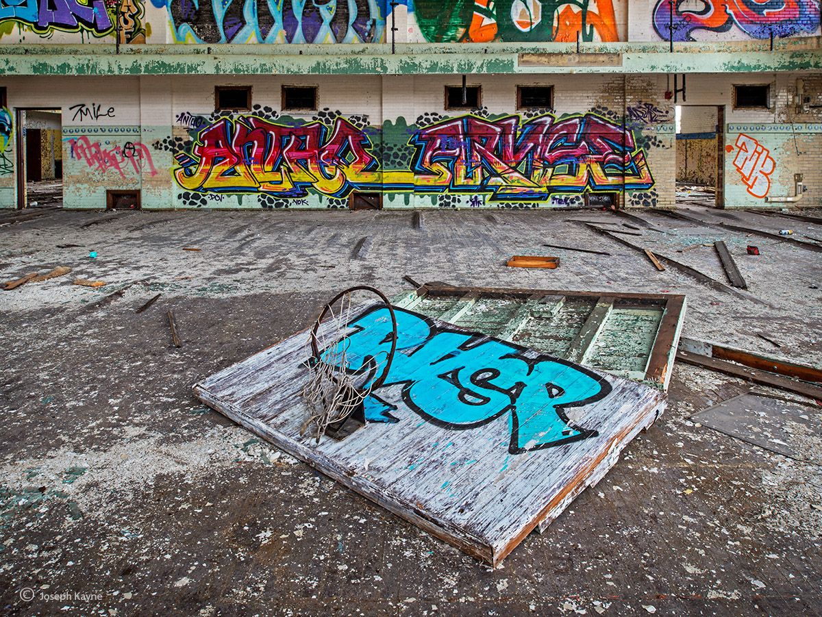 forgotten,court,abandoned,school,gym,dreams, photo