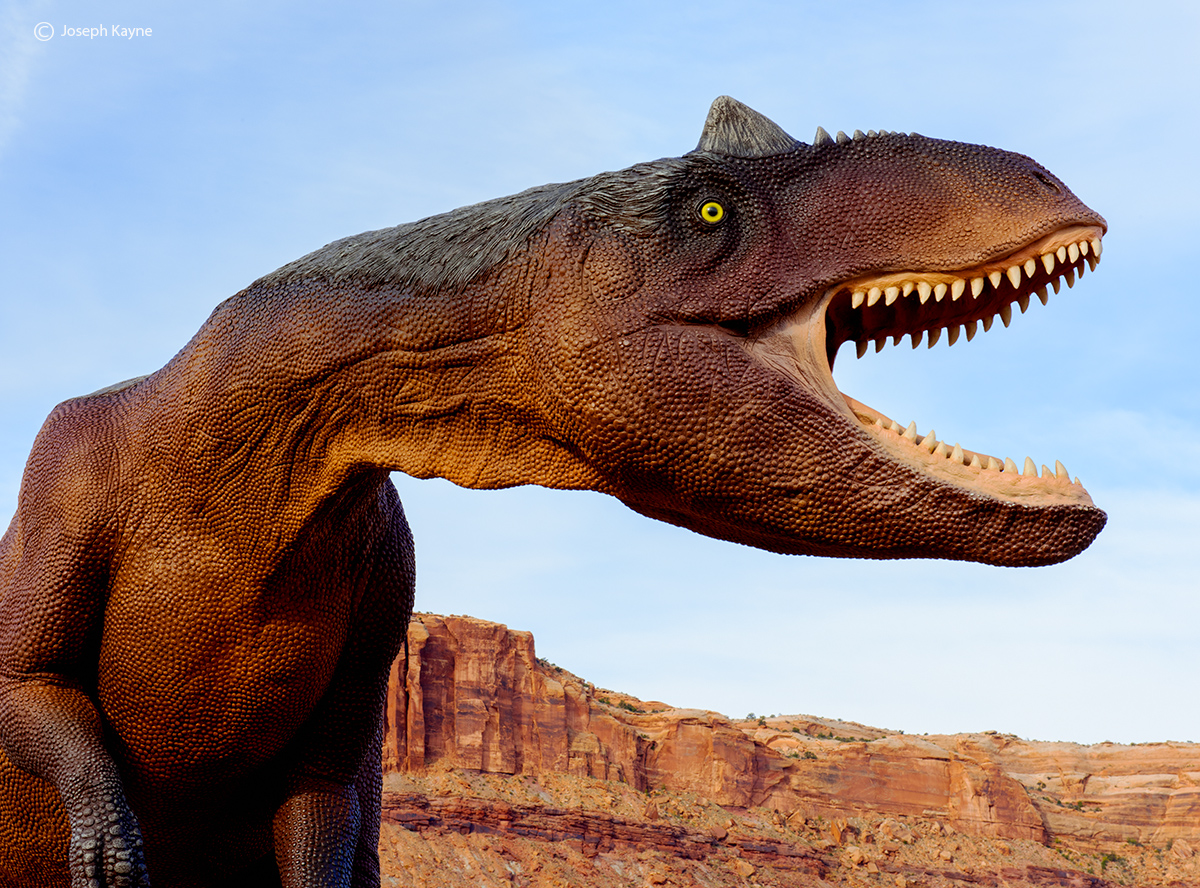 Dinosaur,park,welcome,to,moab,utah, photo