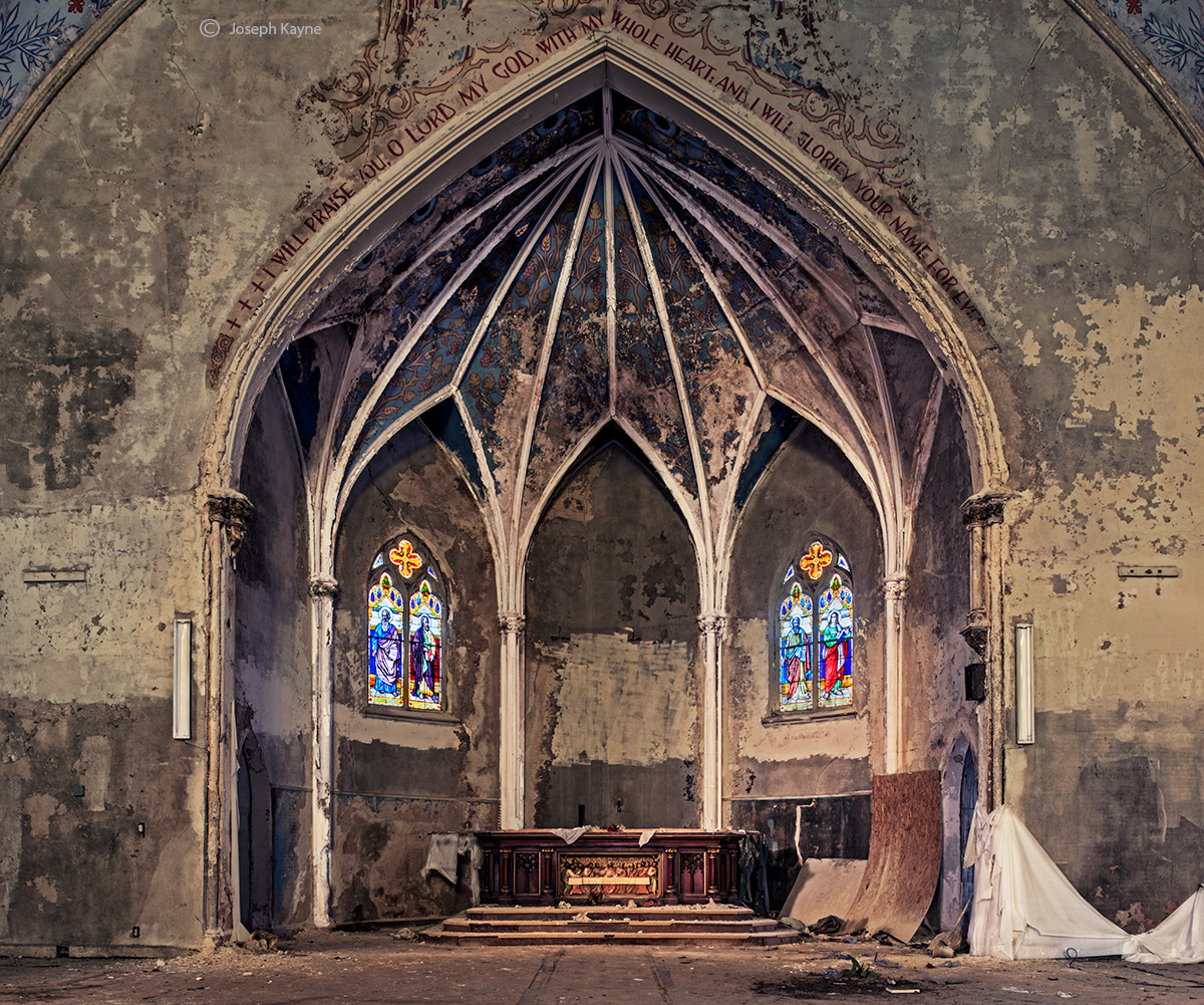 forgotten,altar,rust,belt,church,abandoned,faith, photo