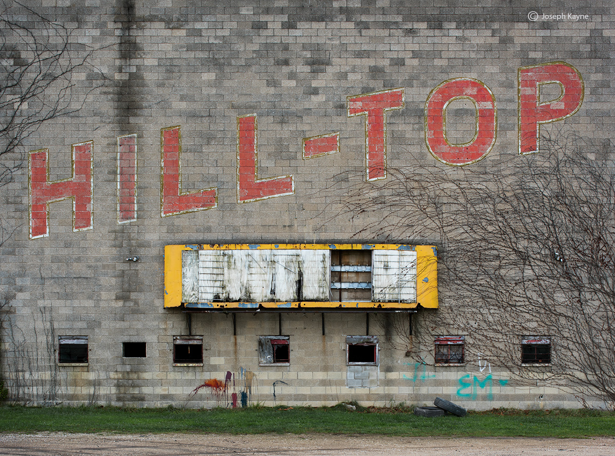 abandoned,drive,in,rust,belt,old,drive,in,theatre, photo